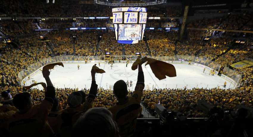 Die Fans gaben den Nashville Predators den nötigen Push - in der Finalserie gegen die Pittsburgh Penguins steht es nun 2:2. (Foto: dpa/picture alliance/AP Photo)