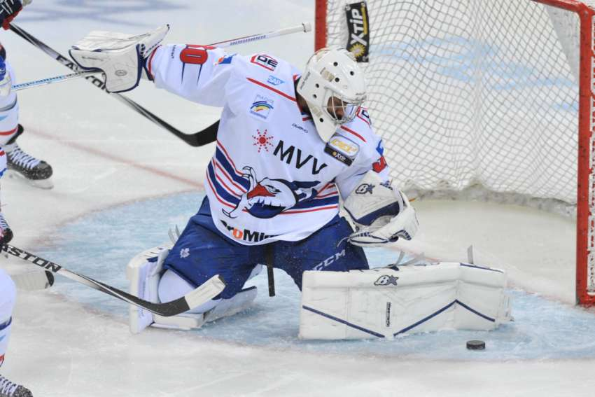 Auch Ray Emery ist noch nicht in Play-off-Form. (Foto: Imago)